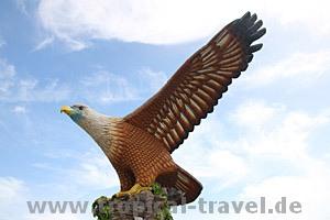 Langkawi Wahrzeichen, Eagle Square Kuah © tropical-travel.com