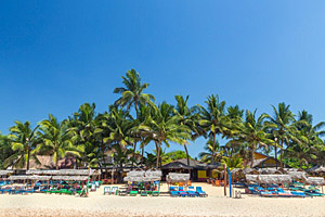 Hikkaduwa beach, Sri Lanka © Paul Prescott | 123RF.com